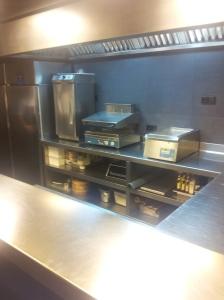 ECCR Kitchen (1)
