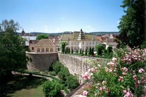 Chateau_de_Beaune_remparts